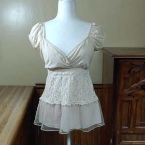 Heart Soul Delicate Lacey Top L Fits Like M/L